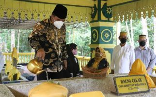 2 Tujuan Pjs Gubernur Kepri Bahtiar Ziarah ke Makam Daeng Celak dan Daeng Marewa