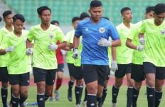 Kiper Timnas Indonesia U-19 Adi Satryo: Pelatih Shin Tae Yong Minta Kiper Ikut Bangun Serangan - JPNN.com