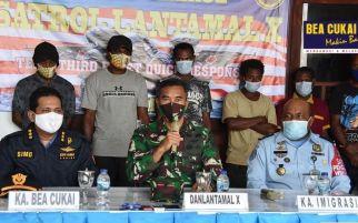 Masuk ke Indonesia Secara Ilegal, 9 WN PNG Diciduk Bea Cukai dan TNI AL