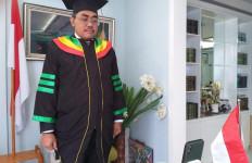 Gus Jazil: Wisudawan Harus Turun Ke Masyarakat dan Mengaktualisasikan Ilmunya - JPNN.com