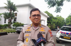 Polisi Periksa Pejabat Pemkab Bogor Terkait Acara Habib Rizieq, Ade Yasin-Anggota FPI Tak Hadir - JPNN.com