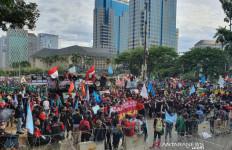 Demo Dekat Istana, 7.000 Pasukan Standby di Monas dan DPR - JPNN.com