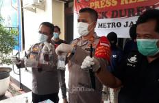 Komplotan Pencuri Motor Bersenpi di Jaktim Ditangkap, Satu Pelaku Ditembak - JPNN.com