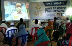 Peringati Hari Santri Nasional, Mas Ibas Bagikan Wifi Gratis - JPNN.com