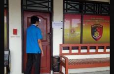 Istri Jatuh ke Pelukan Tetangga Seorang Pengusaha - JPNN.com