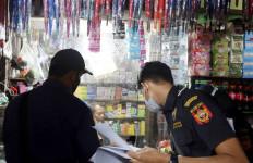 Bea Cukai Bongkar Modus Peredaran Rokok Ilegal Lewat Jastip dan Eceran di Pasar - JPNN.com