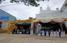 Masjid Dibangun Dekat Tempat Hiburan Malam, Wali Kota: jadi Tempat Tobat - JPNN.com