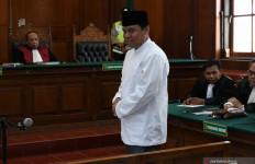 Detik-detik 30 Polisi Menangkap Gus Nur Tengah Malam - JPNN.com