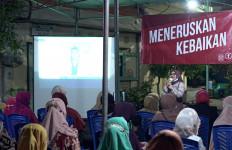 Cerita Istri Eri Cahyadi saat Berkunjung ke Kampung Masa Kecil Suaminya - JPNN.com