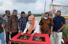 Iis Edhy Prabowo Resmikan Ifrastruktur Hasil Program PISEW - JPNN.com