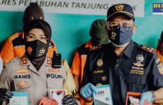 Alhamdulillah, Bea Cukai dan Polisi Gagalkan Penyelundupan Narkotika Dari Malaysia, Modusnya Unik - JPNN.com