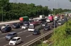 Libur Panjang, Tol Jakarta-Cikampek Arah Jawa Padat - JPNN.com