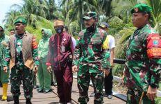 Danrem Brigjen Sudaryanto Tinjau Langsung ke Lokasi Pelaksanaan Program TMMD - JPNN.com