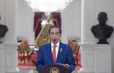 Kinerja Perdagangan Kembali Surplus, Tim Ekonomi Jokowi Tuai Pujian - JPNN.com