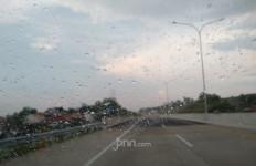 Jalur Tol Cipali Sampai Semarang Ramai Lancar, tetapi Tetap Berhati-hati - JPNN.com