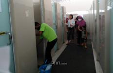 Petugas Kebersihan Toilet Rest Area KM 228A: Mana Tahu Ada Menteri - JPNN.com