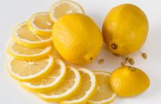3 Manfaat Ajaib Air Lemon untuk Kecantikan Wajah - JPNN.com