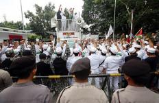 Demo Buruh Hari Ini di Jakarta, FPI dan PA 212 juga Kerahkan Massa - JPNN.com