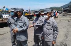 Bakamla Sosialisasikan Keselamatan Pelayaran Kepada Nelayan - JPNN.com