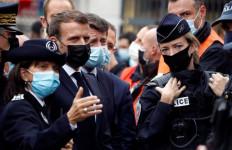 Pernyataan Presiden Macron soal Teror Keji di Gereja Nice, Lagi-Lagi Sebut Islam - JPNN.com