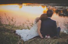 6 Kunci Agar Anda dan Pasangan Selalu Bahagia - JPNN.com