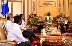 Gubernur Nurdin Umumkan Kenaikan UMP Sulawesi Selatan, Berlaku Mulai 1 Januari 2021 - JPNN.com