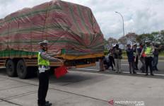 Arus Balik Libur Panjang di Cirebon Lancar pada Minggu Pagi - JPNN.com