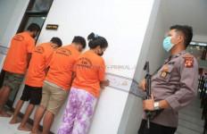 4 Remaja Ini Tega Jual Teman Sendiri kepada Pria Hidung Belang, Tarifnya Mulai Rp 400 Ribu - JPNN.com