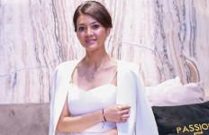Unik, Farah Quinn Mendesain Perhiasan Berbentuk Cupcake  - JPNN.com