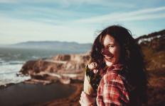 Pura-pura Bahagia Tidak Akan Membuat Anda Merasa Lebih Baik - JPNN.com