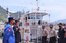 Bea Cukai dan Polairud Gelar Patroli Laut Bersama - JPNN.com