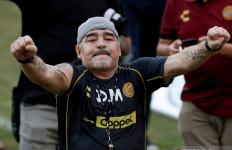 Diego Maradona Menjalani Operasi Otak, Begini Hasilnya... - JPNN.com