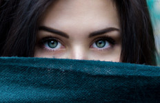 3 Hal yang Ada di Pikiran Pelakor Saat Berselingkuh dengan Suami Orang Lain - JPNN.com