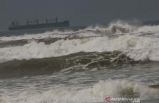 Siklon Tropis Seroja Menjauh, Tetapi BMKG Masih Meminta Masyarakat Waspada - JPNN.com