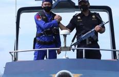 Perkuat Pengawasan, Bea Cukai Pangkalpinang dan Ditpolairud Adakan Patroli Laut Bersama - JPNN.com