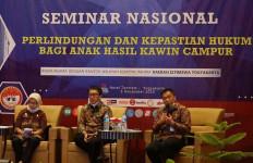 Ditjen AHU Siapkan Regulasi Perlindungan Anak Hasil Kawin Campur   - JPNN.com