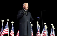 Joe Biden Presiden, Amerika Bakal Bagi-Bagi Vaksin COVID-19 kepada Negara Miskin - JPNN.com