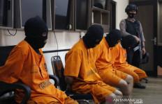 Gegara Masalah Sepele Pratu Asrul Dikeroyok, Dipukuli Secara Bergantian - JPNN.com