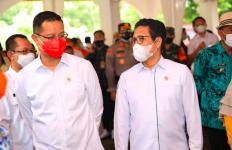 Mendes Terjun Langsung ke Lapangan Memeriksa Penyaluran Jaring Pengaman Sosial di Desa - JPNN.com