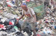 Iboh jadi Jutawan dari Timbunan Sampah Bantargebang - JPNN.com
