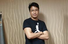 Galuh Adiwinata Ungkap Makna di Balik Lagu Tak Salah Bila Jatuh Cinta - JPNN.com