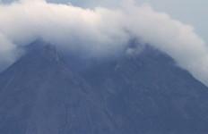 Magma Gunung Merapi Sudah Mendekati Permukaan Kawah - JPNN.com