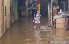 Warga Kebon Pala Jaktim Kedatangan 'Tamu Tak Diundang' - JPNN.com