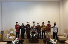 Menteri Bappenas dan Stafsus Presiden Berkomitmen Membangun SDM Papua - JPNN.com