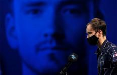 ATP Finals 2020: Hajar Zverev, Medvedev Tak Gentar Melawan Djokovic - JPNN.com