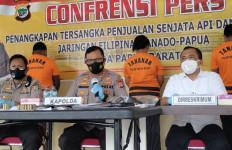 Senjata Api dari Filipina Masuk Papua Barat, Lihat Barang Buktinya - JPNN.com