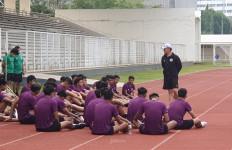 Ada Sosok Mirip Shin Tae Yong di Latihan Timnas U-19, Siapa Dia? - JPNN.com