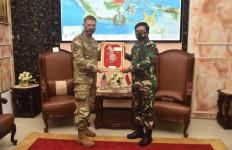 Jenderal James dan Panglima TNI Sama-sama Optimistis dan Makin Kuat - JPNN.com