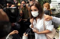 Setelah Diperiksa Polisi, Ini yang Dilakukan Gisel - JPNN.com
