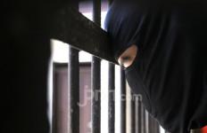 Pengumuman dari Kombes Helmi: Cepeng Ditangkap di Depan Rumahnya - JPNN.com